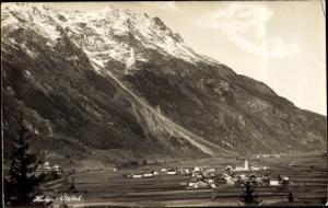 Foto Ak Huben Längenfeld im Ötztal Tirol, Blick auf den Ort, Gebirge