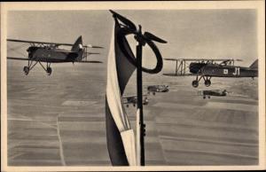 Ak Nase Vojsko, Nase kridla, Tschechische Militärflugzeuge, Doppeldecker
