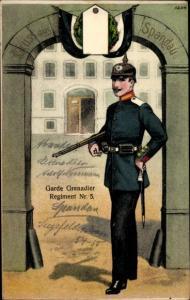 Regiment Ak Garde Grenadier Regiment Nr. 5 Spandau, Soldat in Uniform