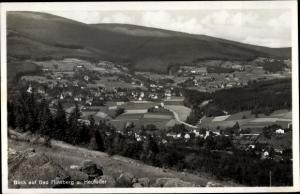 Ak Świeradów Zdrój Bad Flinsberg Schlesien, Panorama vom Ort mit Heufuder