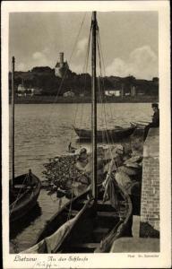 Ak Lietzow Rügen, Partie an der Schleuse, Boote
