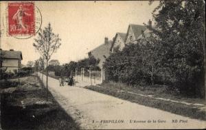 Ak Frepillon Val-d´Oise, L´Avenue de la Gare