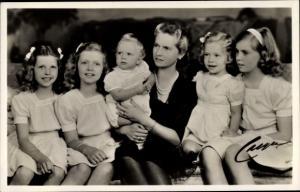 Ak Prinzessin Sibylla von Schweden, Kinder Carl Gustaf, Christina, Margaretha, Desirée und Birgitta