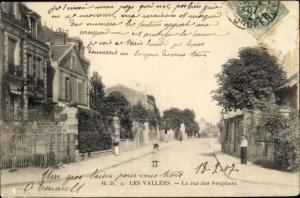 Ak Les Vallées Hauts de Seine, La rue des Peupliers