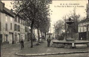 Ak Colombes Hauts de Seine, La Place de la Mairie et la Fontaîne