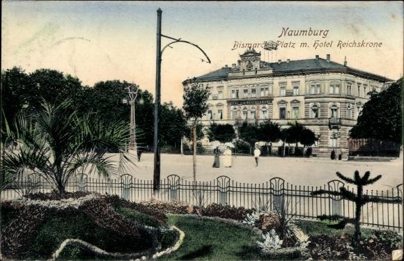 Ak Naumburg an der Saale, Bismarckplatz mit Hotel Reichskrone 0
