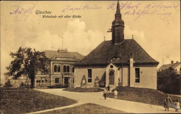 Ak Glauchau in Sachsen, Webschule mit alter Kirche 0