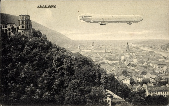 Ak Heidelberg am Neckar, Panorama vom Ort, Schloss und Zeppelin Luftschiff 0