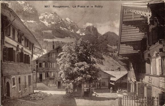 Ak Rougemont Kt Waadt Schweiz, La Place et le Rubly 0