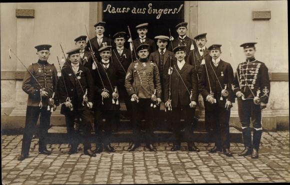 Studentika Ak Engers Neuwied am Rhein, Studenten einer Verbindung, Gruppenbild 0