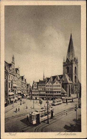 Ak Kiel in Schleswig Holstein, Marktplatz, Straßenbahnen 0