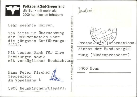 Ak Neunkirchen im Siegerland, Ortspartie, Kirche, Laden, Volksbank Süd Siegerland 1