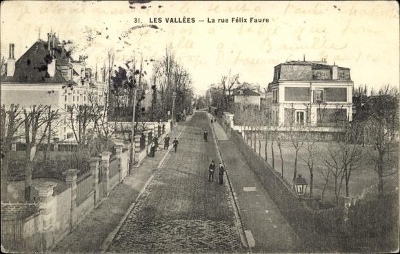 Ak Les Vallées Hauts de Seine, Rue Félix Faure 0