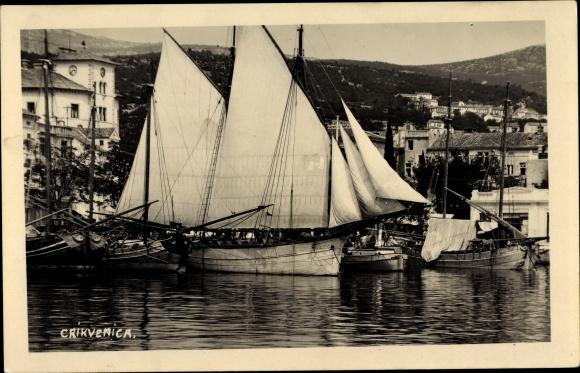 Ak Crikvenica Kroatien, Hafenpartie, Segelboote 0