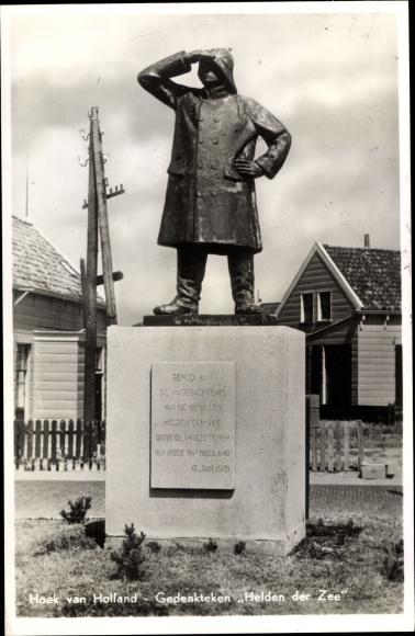 Ak Hoek van Holland Rotterdam Südholland, Gedenkteken Helden der Zee 0