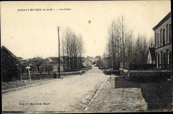 Ak Bernay-en-Brie Seine et Marne, Les Ponts 0