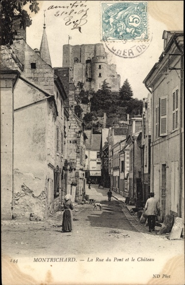 Ak Montrichard Loir-et-Cher, Rue du Pont et le Château 0