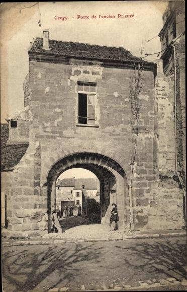 Ak Cergy Val d´Oise, Porte de l´Ancien Prieuré 0