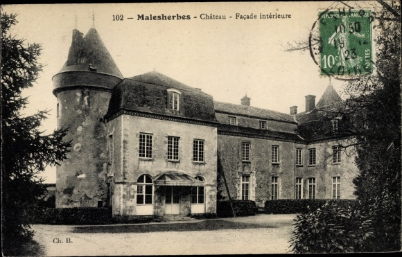 Ak Malesherbes Loiret, Chateau, Facade interieure 0