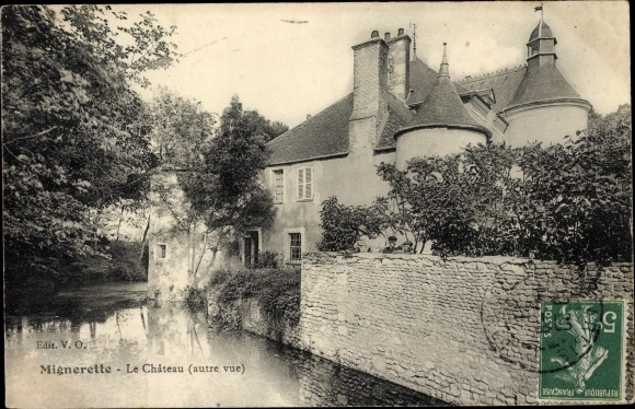 Ak Mignerette Loiret, Le Chateau 0
