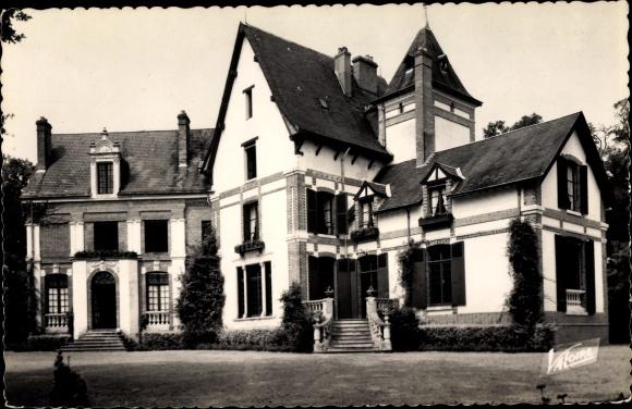 Ak Ménestreau-en-Villette Loiret, Chateau 0