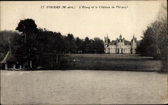 Ak Vihiers Maine et Loire, L'Etang, Le Chateau de Thirpoyl 0