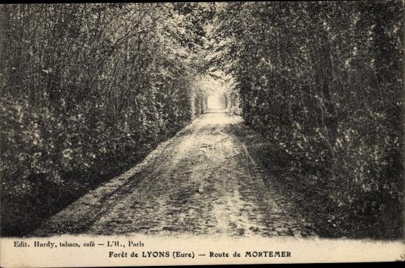 Ak Lyons la Forêt Eure, Route de Mortemer 0