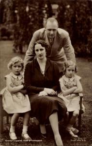 Ak König Olav V von Norwegen, Märtha von Schweden, Ragnhild, Astrid