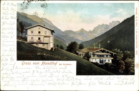 Litho Pfandlhof bei Kufstein in Tirol, zwei Häuser am Hang, Bergpanorama 0