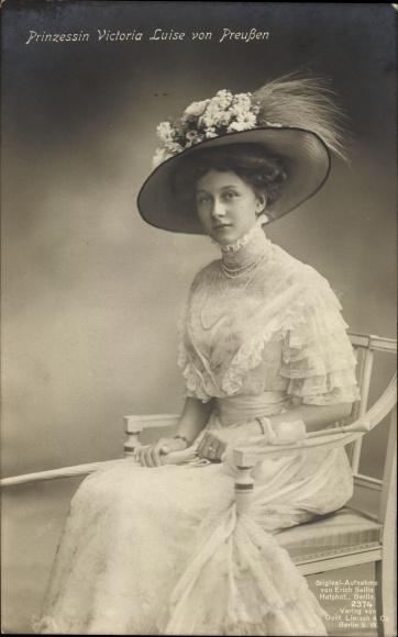 Ak Prinzessin Victoria Luise von Preußen, Portrait, Hut, Liersch 2374 0