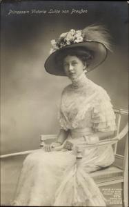Ak Prinzessin Victoria Luise von Preußen, Portrait, Hut, Liersch 2374