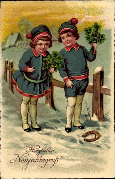 Künstler Ak Glückwunsch Neujahr, Mädchen, Junge, Kleeblätter, Schnee 0