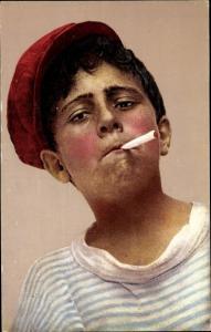 Ak Napoli Neapel Campania, Neapolitaner Junge rauchend, Schirmmütze rot
