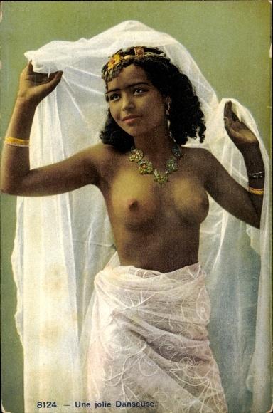 Ak Une jolie Danseuse, Maghreb 0