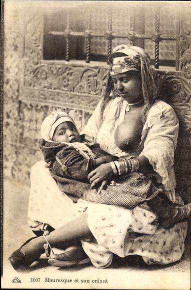 Ak Mauresque et son enfant 0
