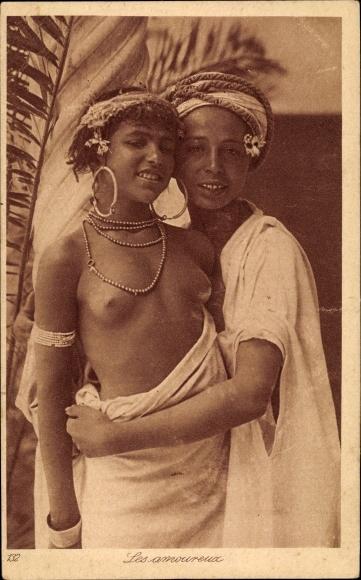 Ak Les amoureux, Liebespaar, Maghreb 0