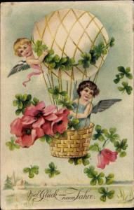 Präge Ak Glückwunsch Neujahr, Engel, Heißluftballon, Kleeblätter, Blumen