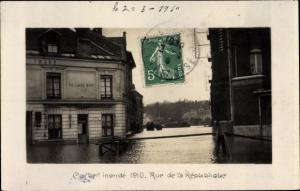 Ak Corbeil Essonne, Rue de la République, Inondations de 1910