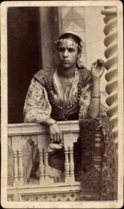 CdV Algerien, Frau in Maghreb Tracht, Portrait um 1880