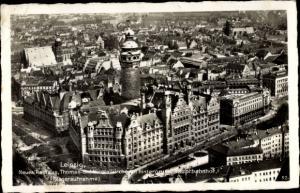 Ak Leipzig in Sachsen, Neues Rathaus, Thomas und Nikolaikirche, Hauptbahnhof, Fliegeraufnahme