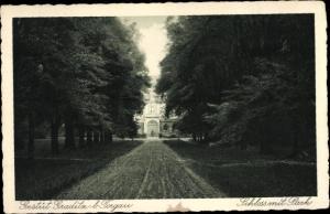 Ak Gestüt Graditz bei Torgau an der Elbe, Schloss mit Park