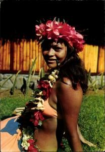 Ak Moorea Tahiti Ozeanien, Club Mediterranee, Vahine, Frau mit Blumenkranz
