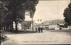 Ak Cayenne Französisch Guayana, La Place d'Armes et l'Hotel du Gouverneur