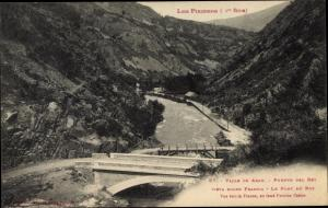Ak Val d'Aran Katalonien, Los Pirinkos, Valle de Aran, Le Pont du Roy