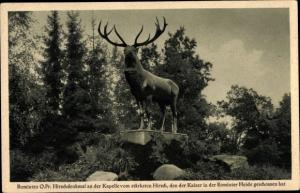 Ak Rominten Ostpreußen, Hirschdenkmal an der Kapelle vom stärksten Hirsch, vom Kaiser geschossen