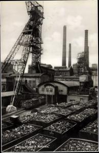 Ak Essen im Ruhrgebiet Nordrhein Westfalen, Lokomotive vor der Zeche Victoria Mathias