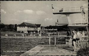 Ak Bad Münder am Deister, Rohmel Schwimmbad, Sprungturm, Schwimmbecken