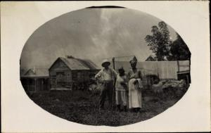Foto Ak Guadeloupe, Kolonialist, einheimische Frauen