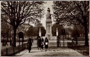 Ak Southampton South East England, War Memorial, Watt's Park