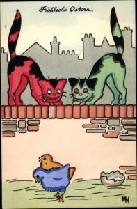 Künstler Ak zwei Katzen auf der Mauer beobachten zwei Küken, Frohe Ostern